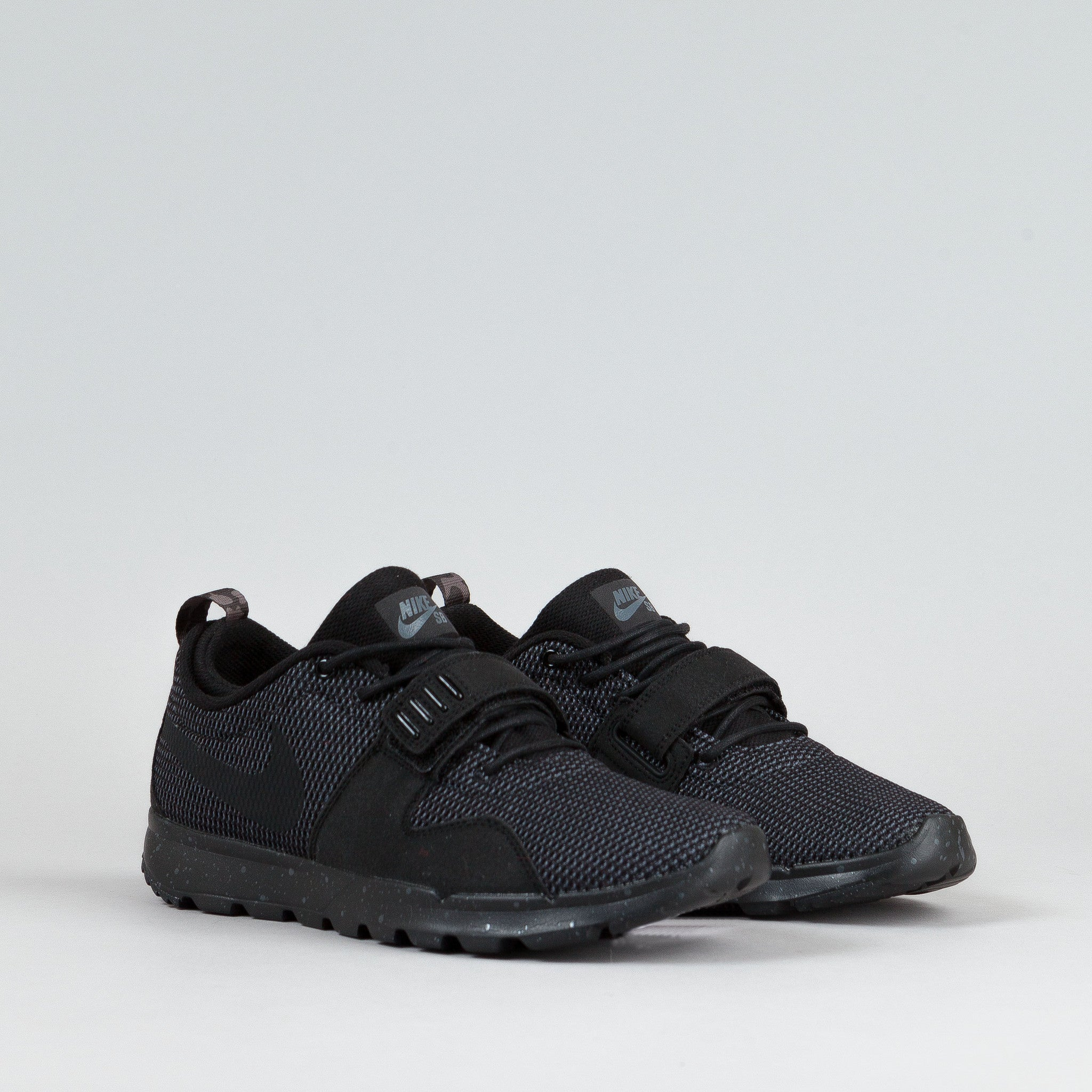 Nike SB Trainerendor Shoes Black / Black - Dark Grey