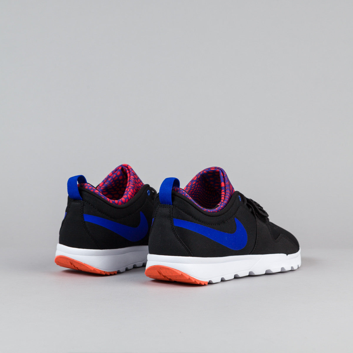 Nike SB Trainerendor Shoes - Black / Racer Blue - White - Total Crimson
