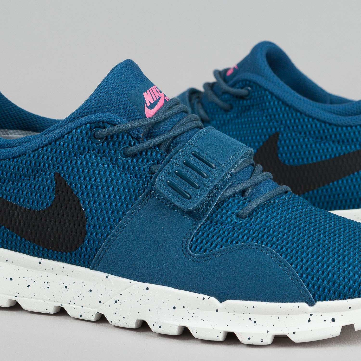 Nike SB Trainerendor Shoes Blue Force / Black - Sail - Pink