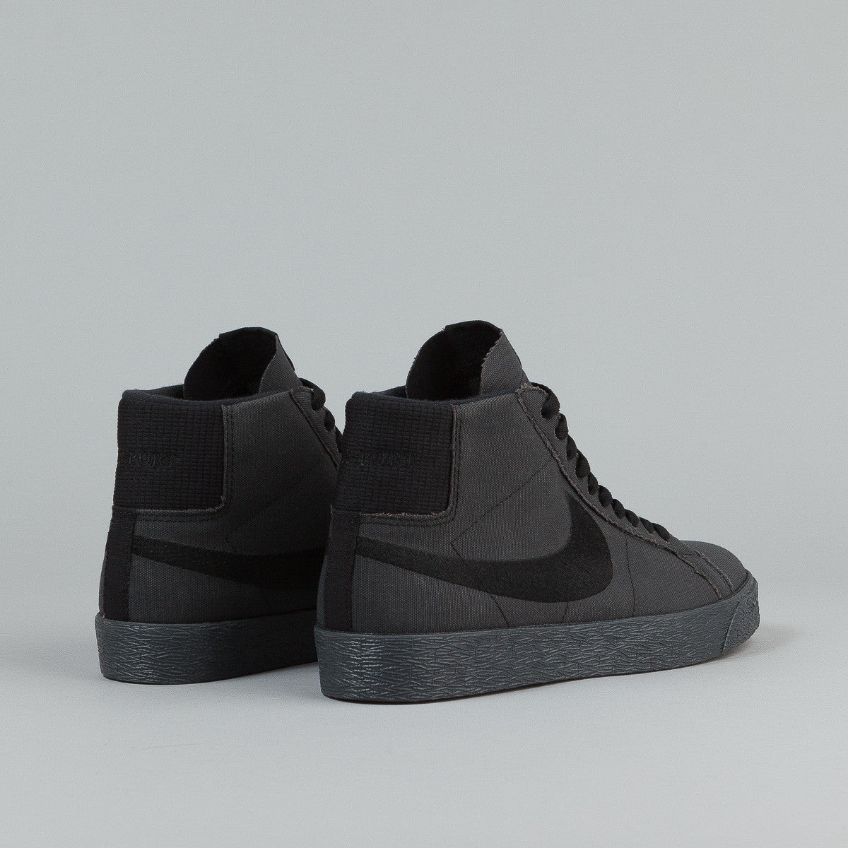 Nike SB x Pass Port Blazer QS Shoes - Black / Black -  Anthracite
