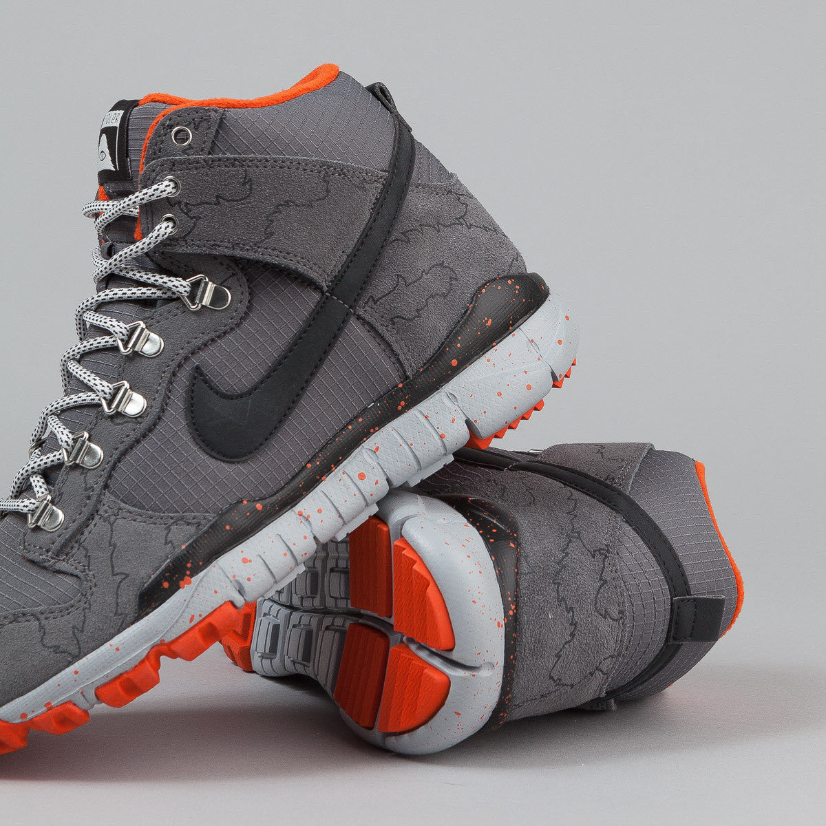 Nike SB x Poler Dunk High R/R - Dark Grey / Black / Wolf Grey