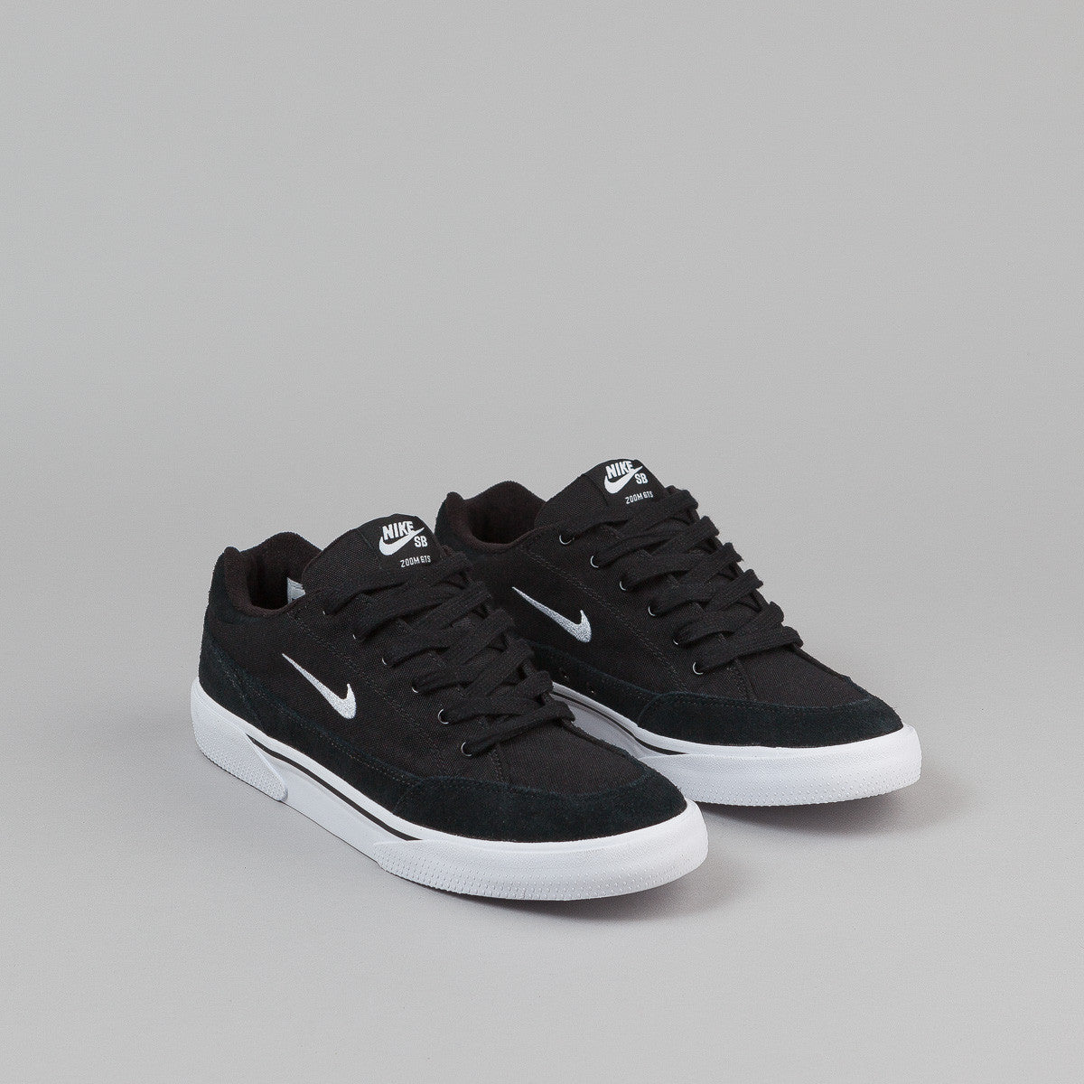 Nike SB Zoom GTS Shoes - Black / White