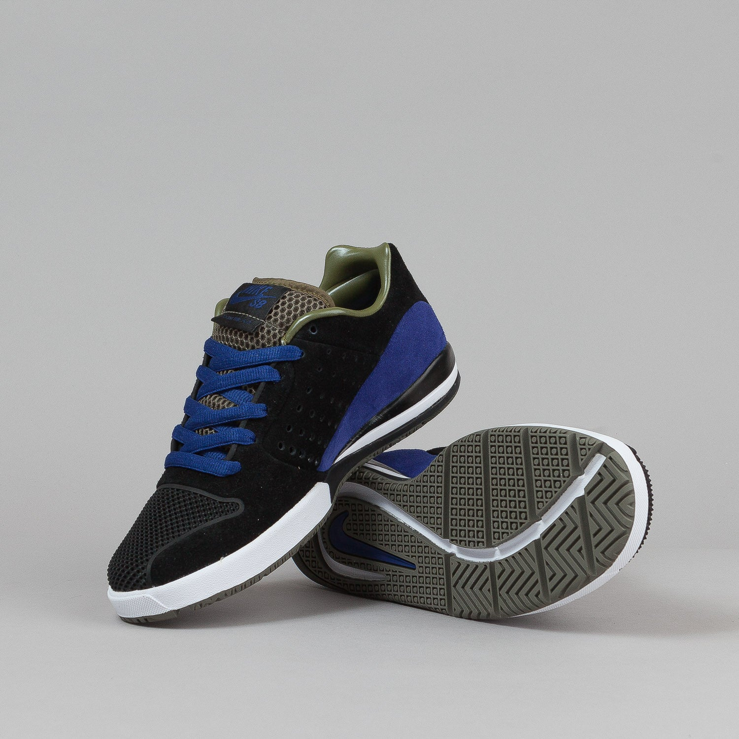Nike SB Zoom Tre A.D. Shoes - Black / Pilgrim