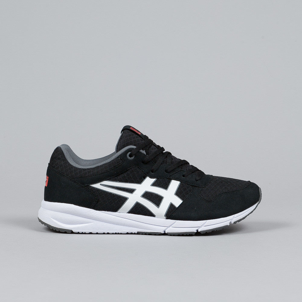 Onitsuka Tiger Shaw Runner Black / White