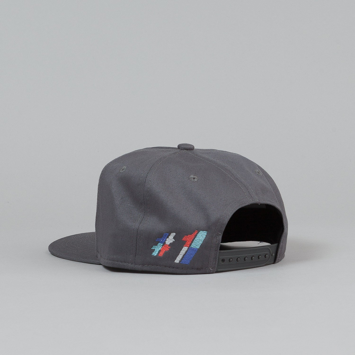 Palace One Tooth Snapback Cap - Grey