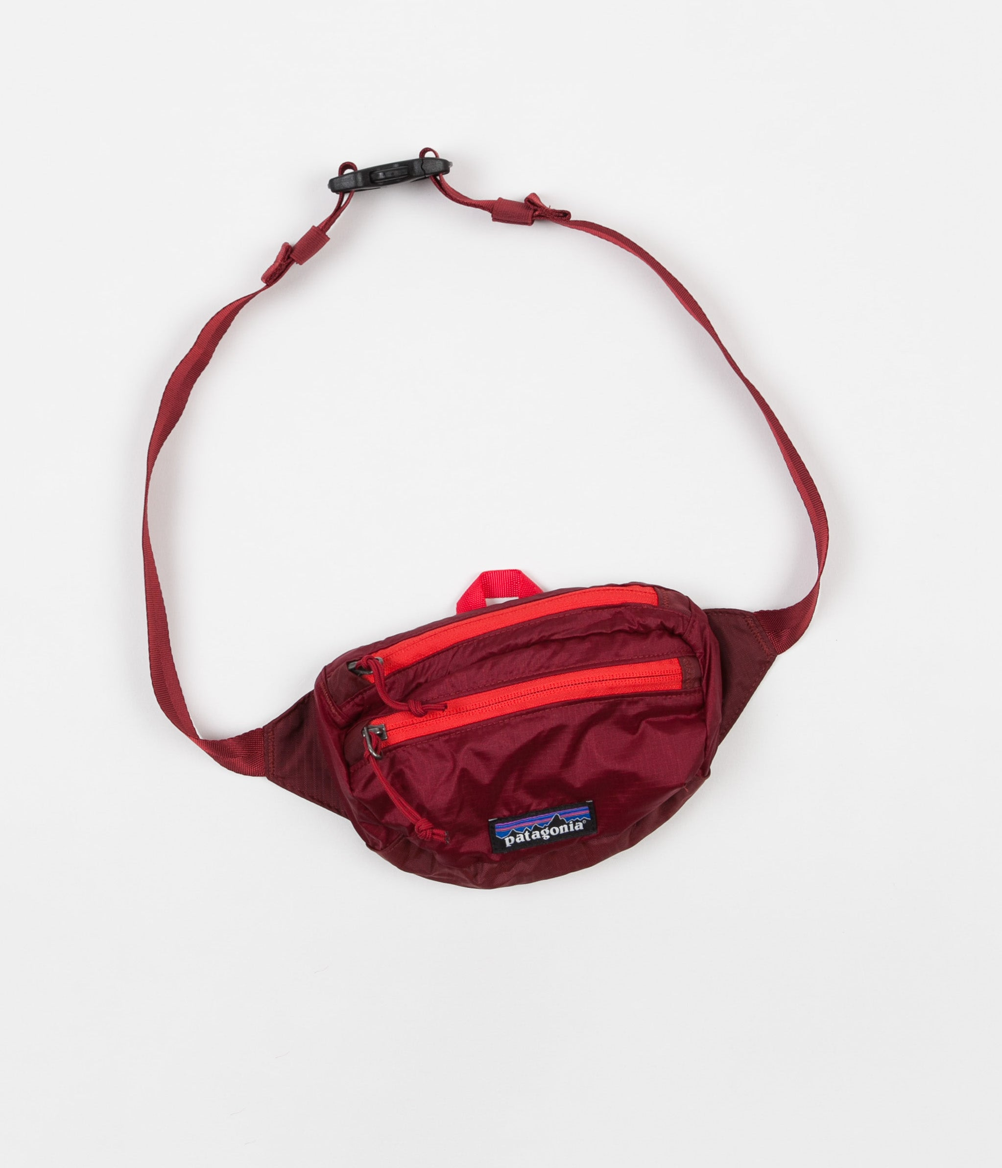 de01a030317 Patagonia Lightweight Travel Mini Hip Pack - Oxide Red