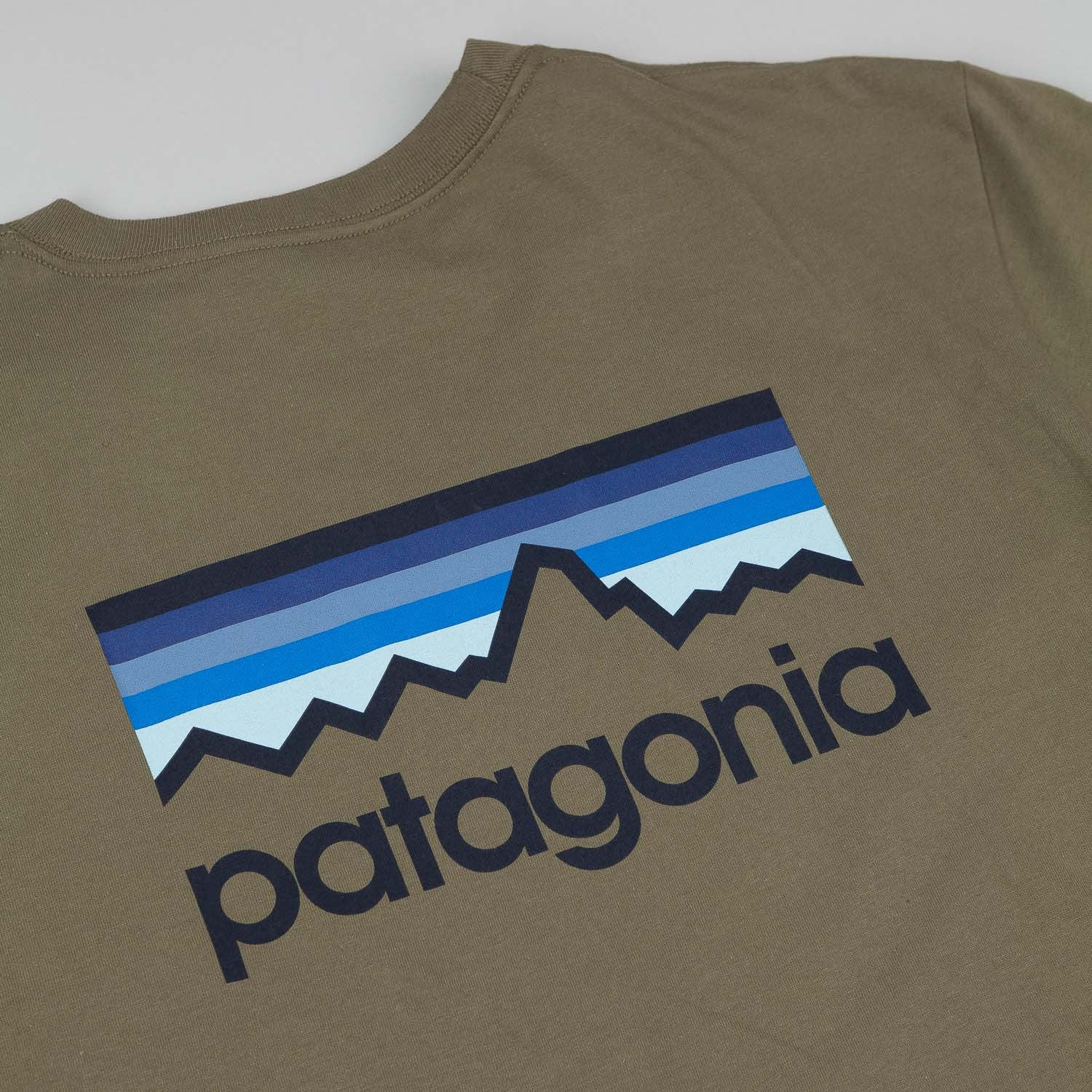 Patagonia Line Logo T-Shirt - Fatigue Green