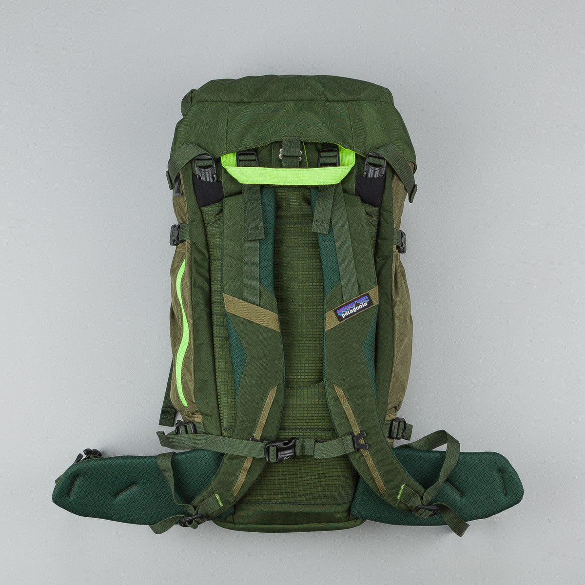 Patagonia Snow Drifter Backpack 40L - Fatigue Green