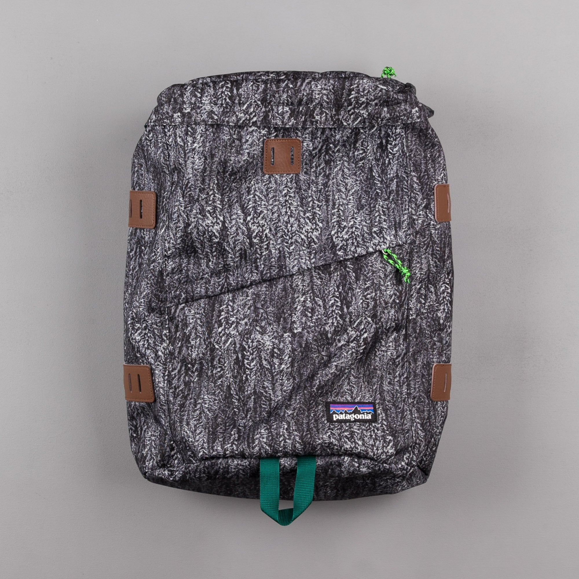 Patagonia Toromiro Backpack - Forestland: Black