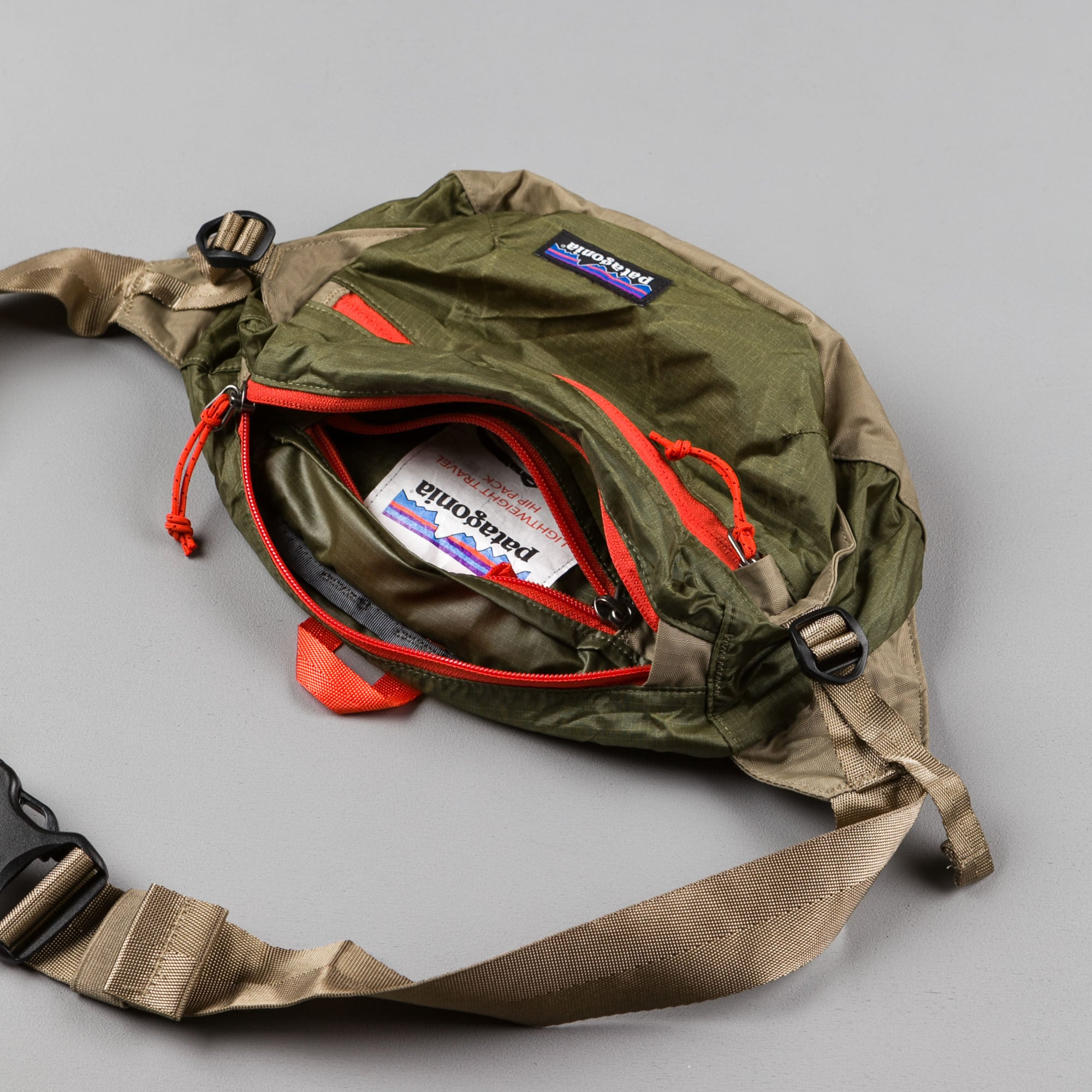 Patagonia Lightweight Travel Hip Pack - Fatigue Green