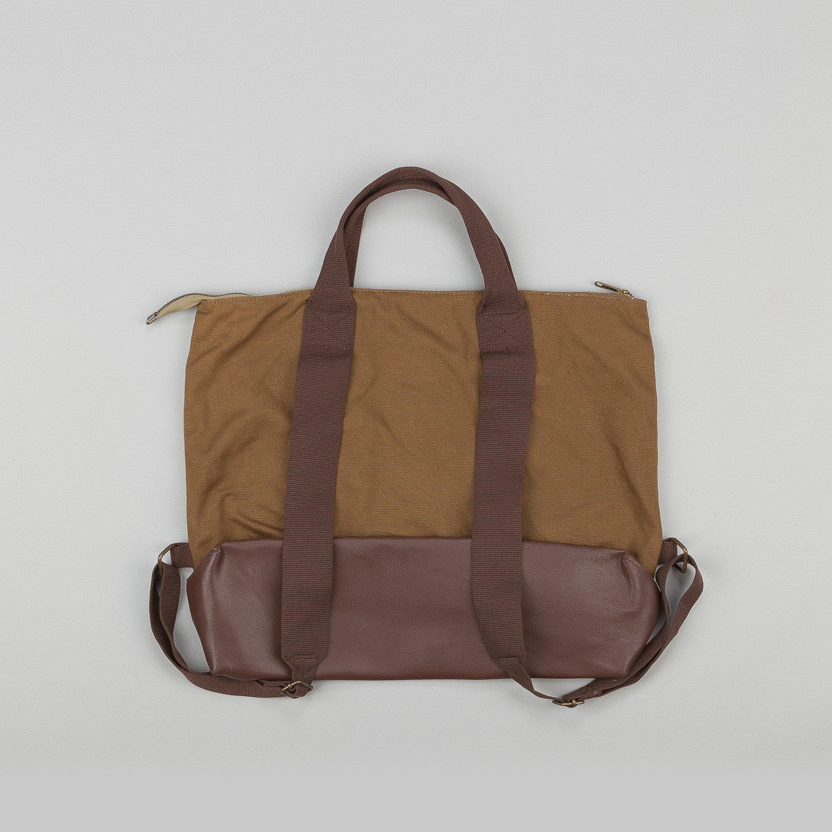 Penfield Underhill Bag - Tan