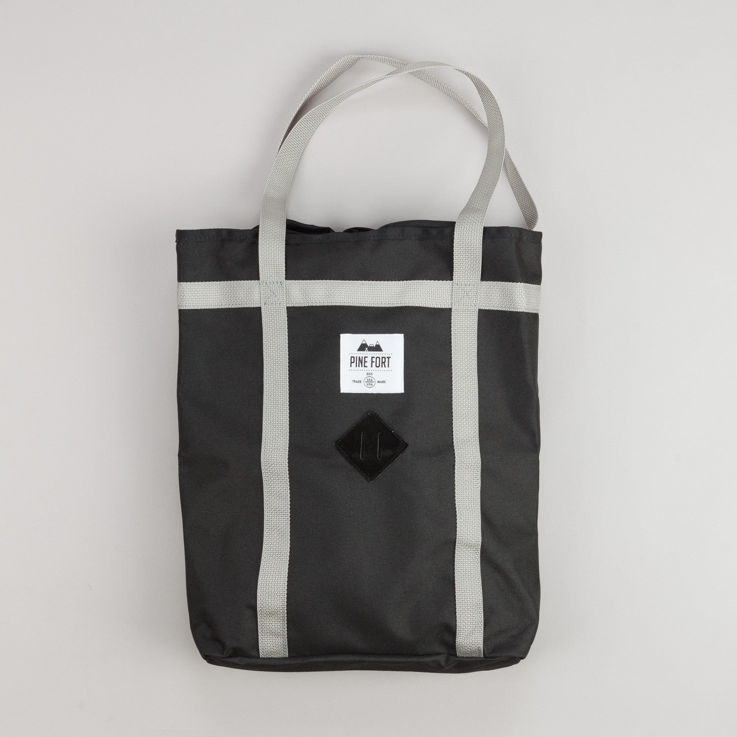 Pine Fort Climing Tote Black / Silver