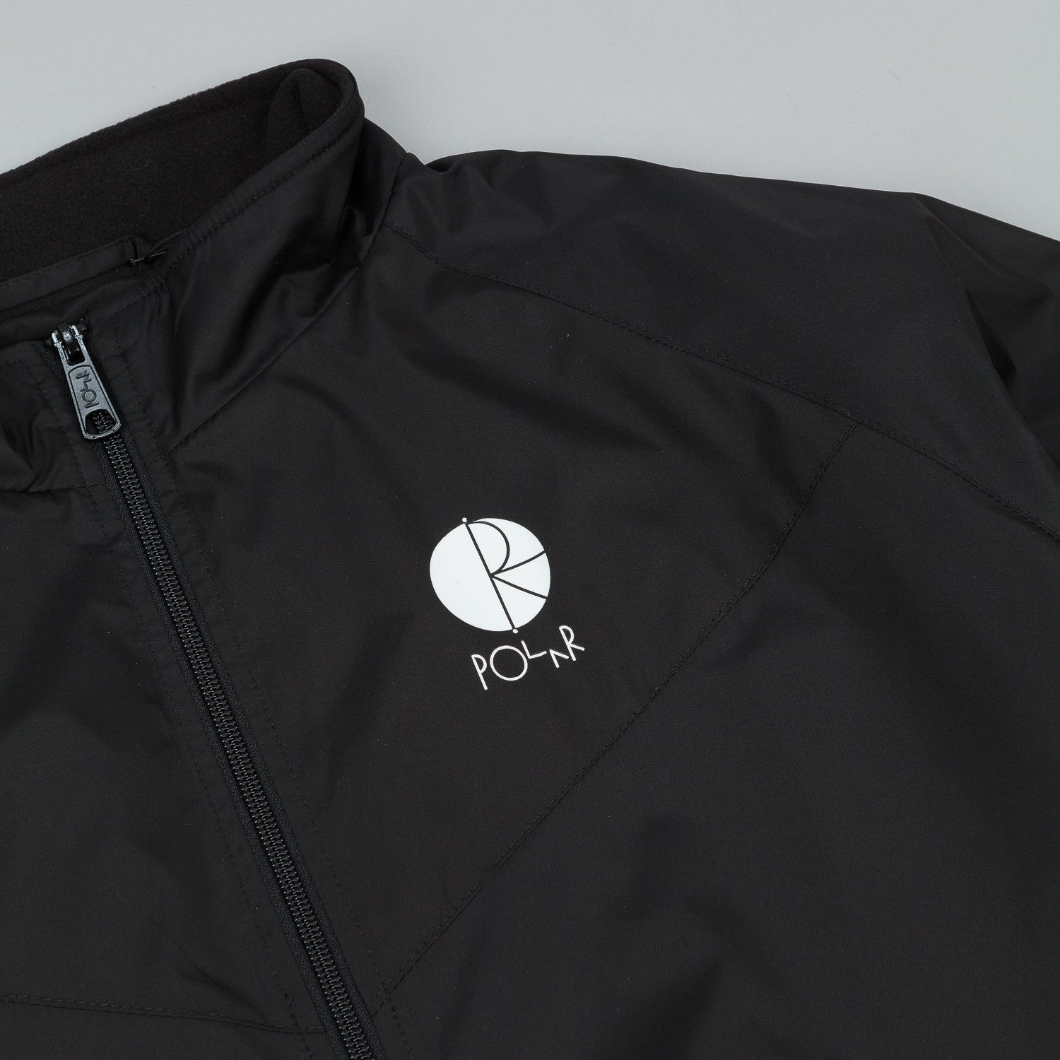Polar Fill Logo Chest Running Jacket - Black