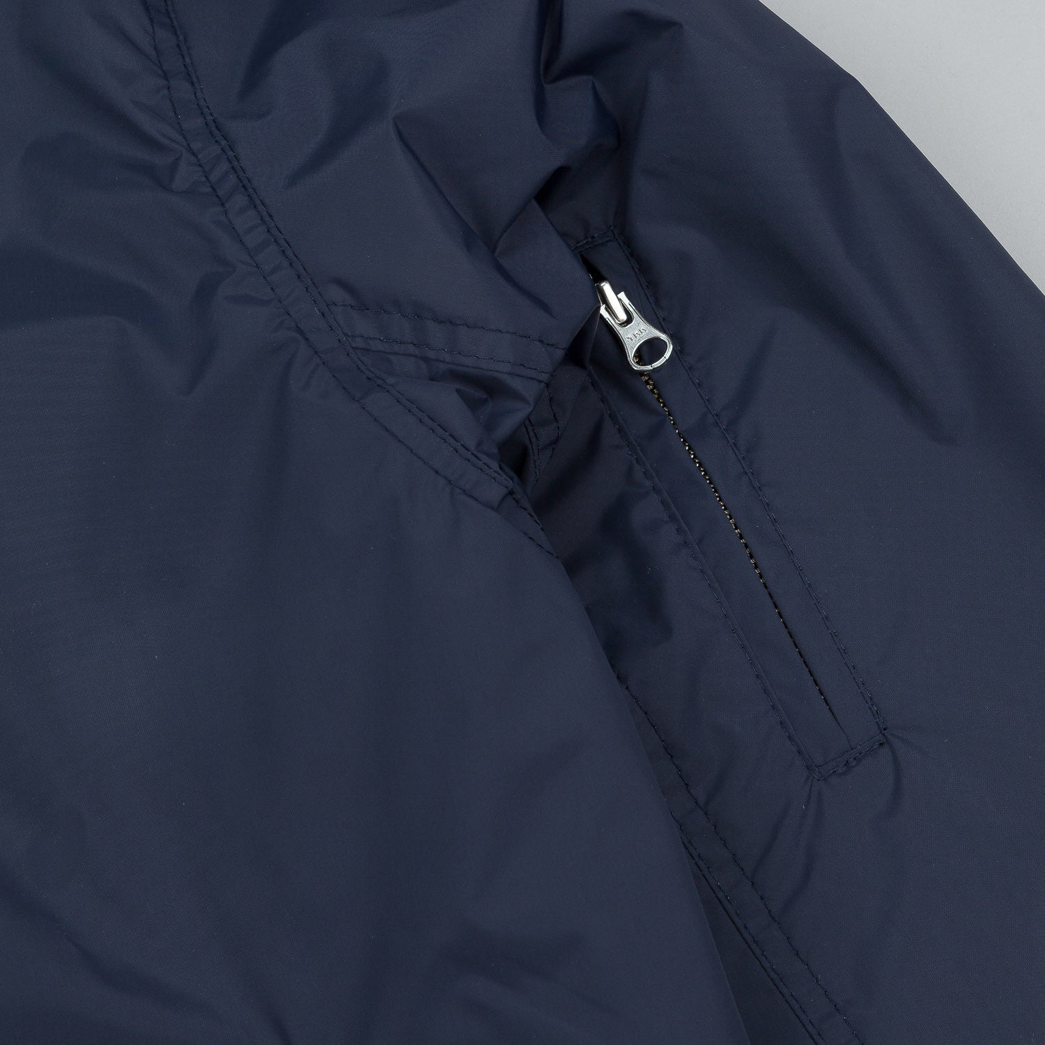 Polar Fill Logo Chest Sporty Bomb Jacket - Navy / White