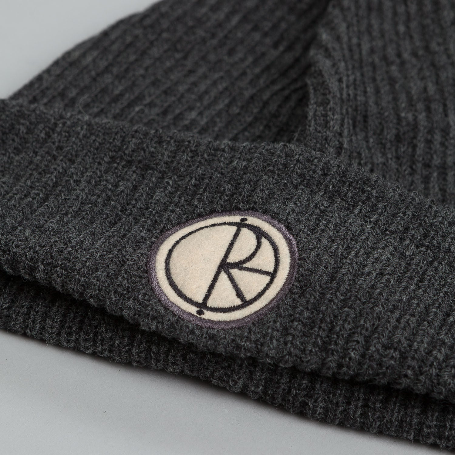 Polar Stroke Logo Harbour Beanie Dark Grey Heather