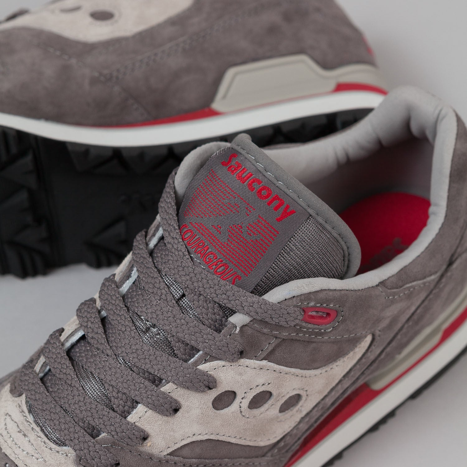 Saucony Courageous Shoes 'Mighty Brave' - Grey