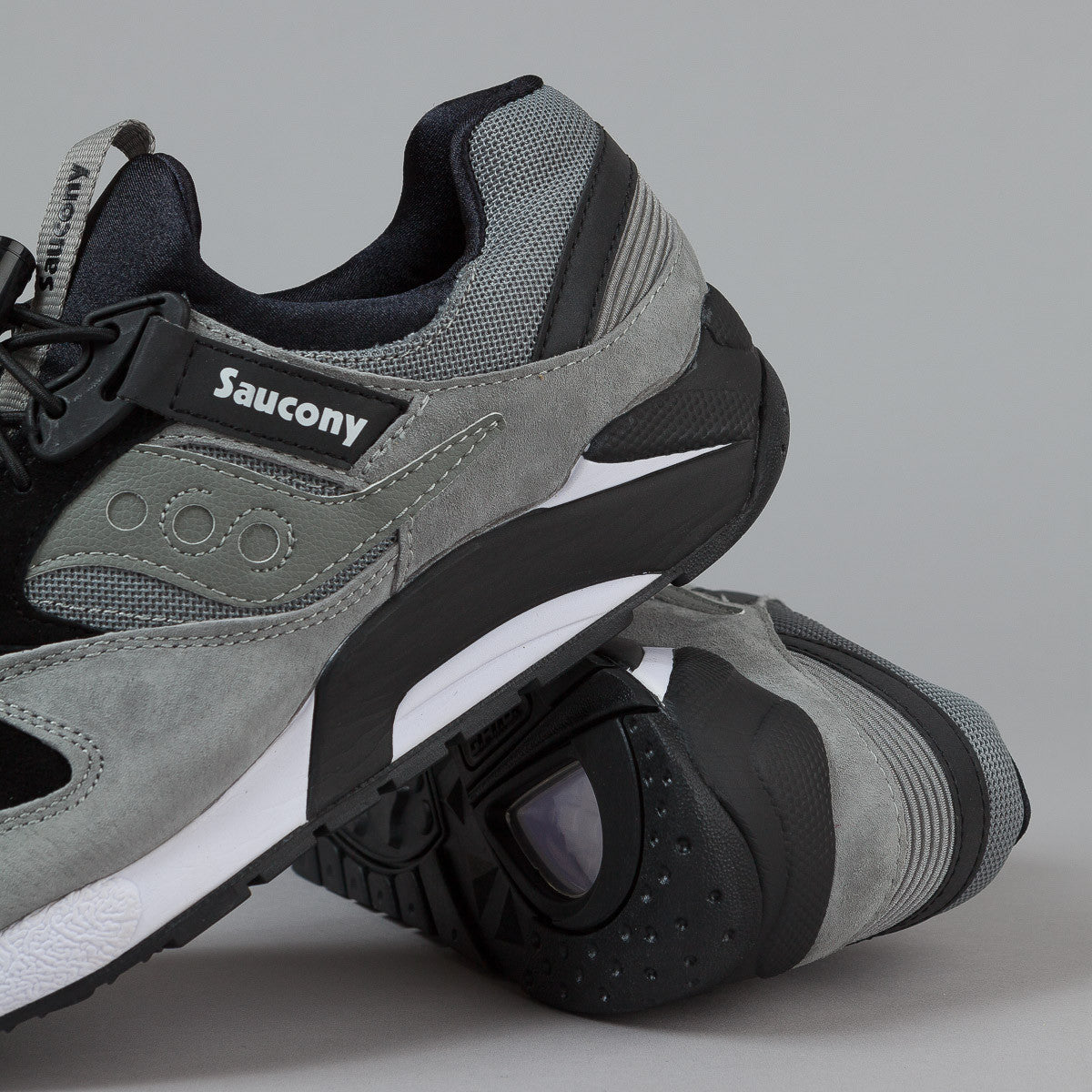 Saucony Grid 9000 Premium - Grey / Black