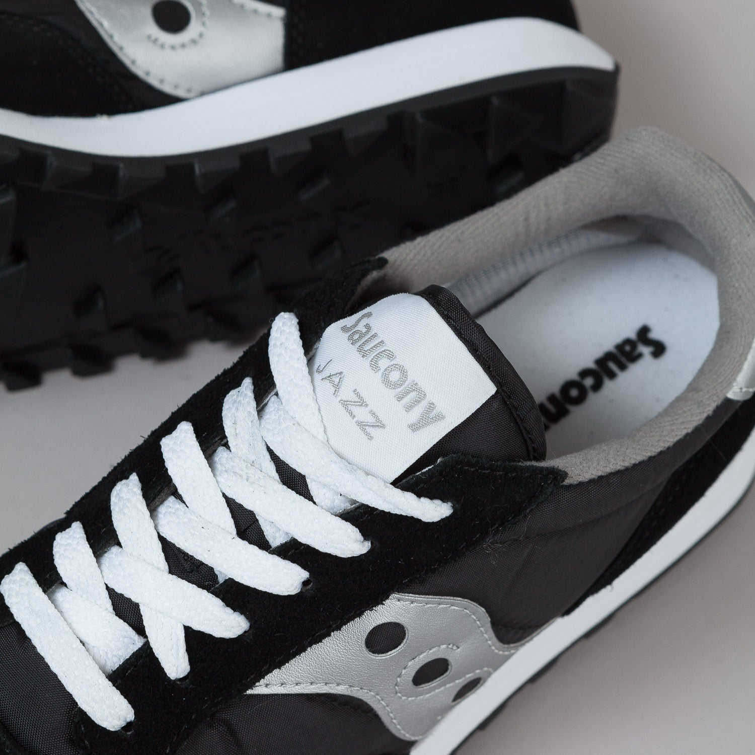 Saucony Jazz Original Shoes - Black / Silver