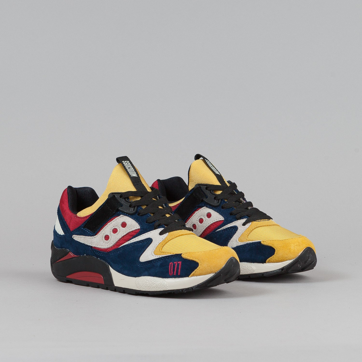 "Saucony X Play Cloths Grid 9000 ""Motocross"""