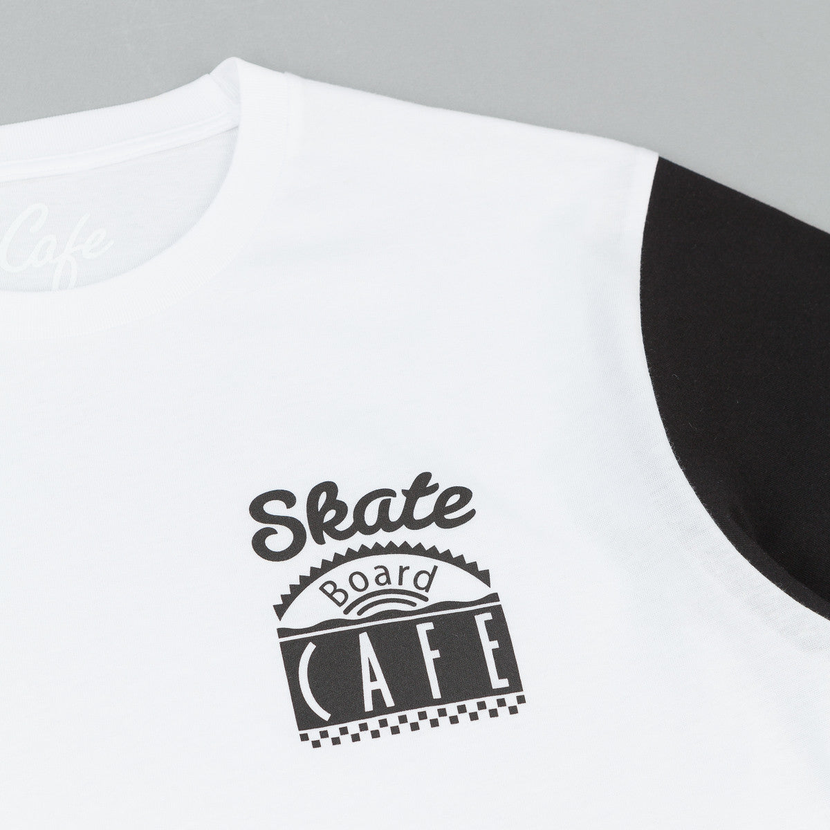Skateboard Cafe Split T-Shirt - White / Black