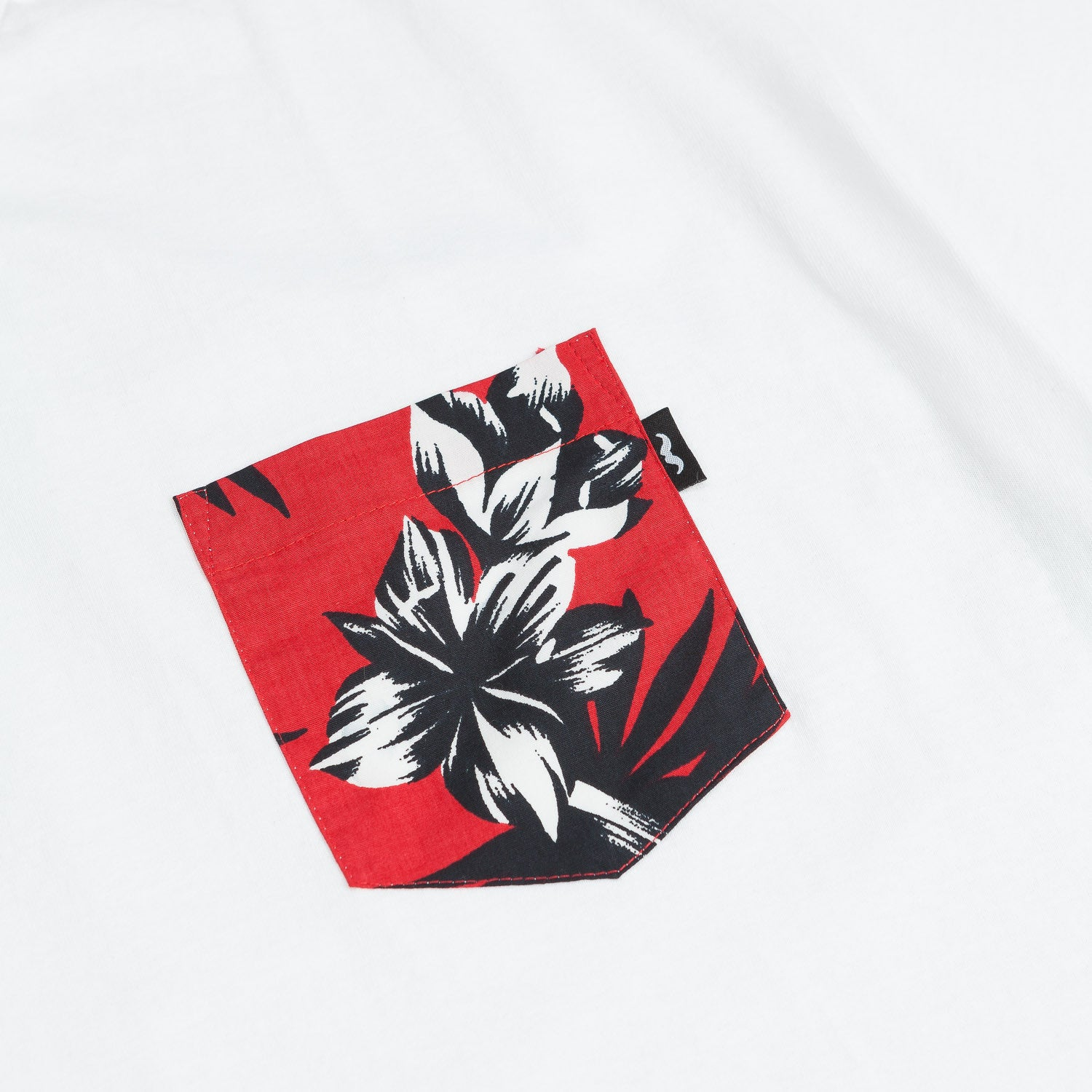 The Quiet Life Aloha Pocket T-Shirt - White / Red Hibiscus