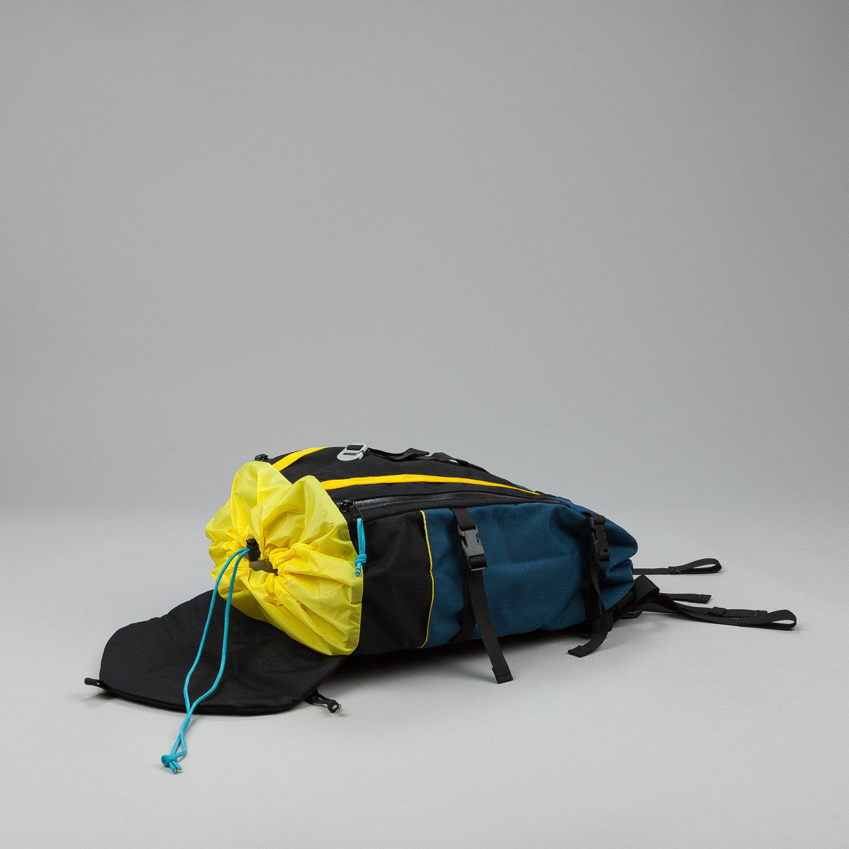 Topo Designs Mountain Pack - Navy / Black