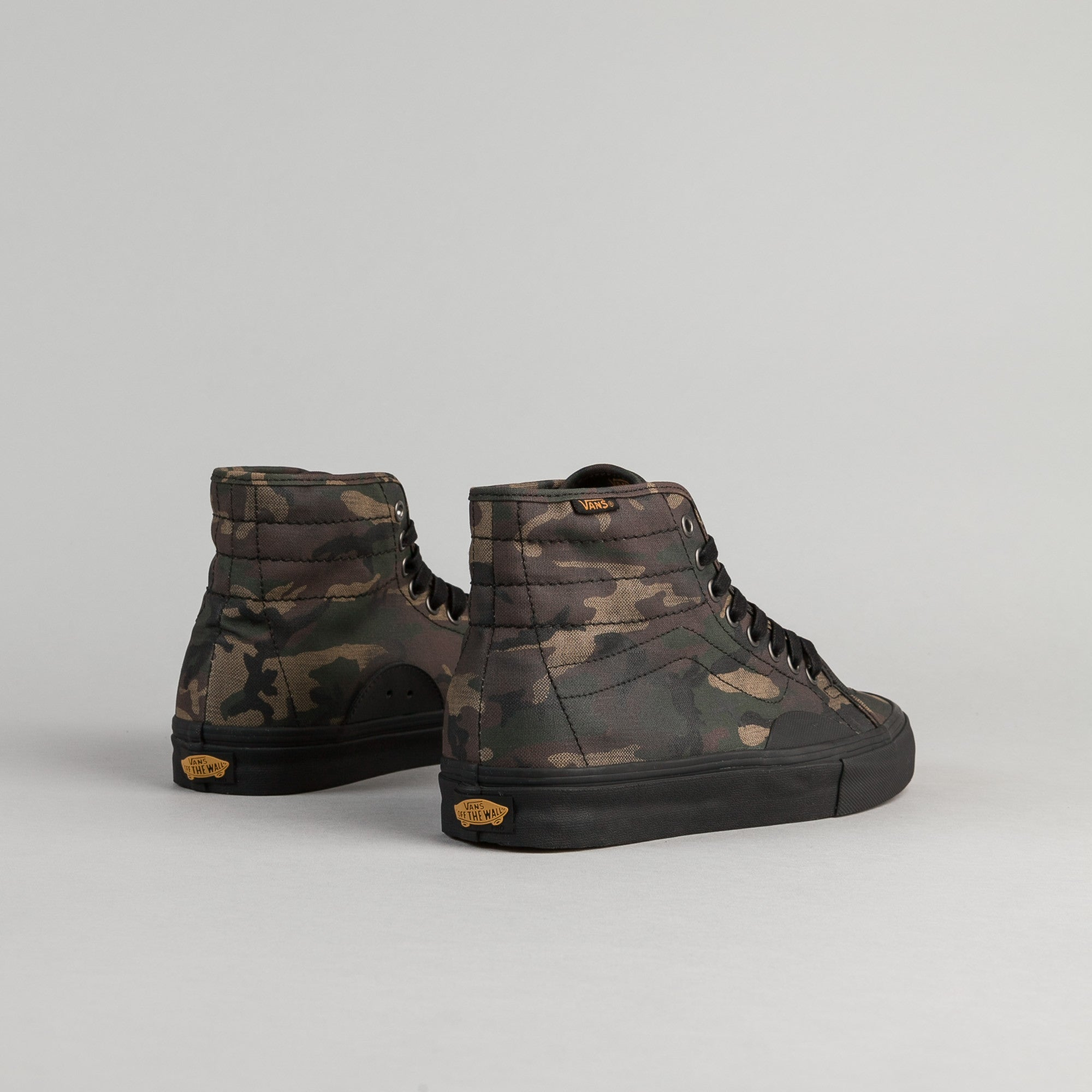 Vans AV Classic High Shoes - (Camo) Black