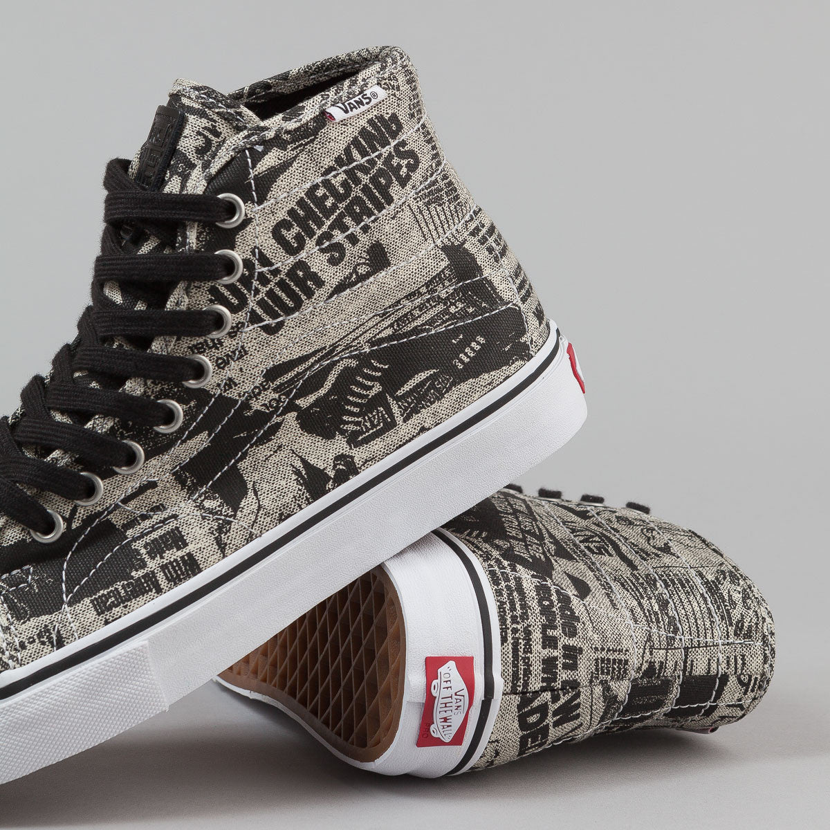 Vans AV Classic High Shoes (Newsprint) - Black / White