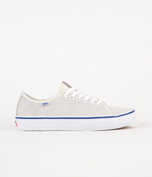 Vans AV Classic Pro Shoes - White / True Blue