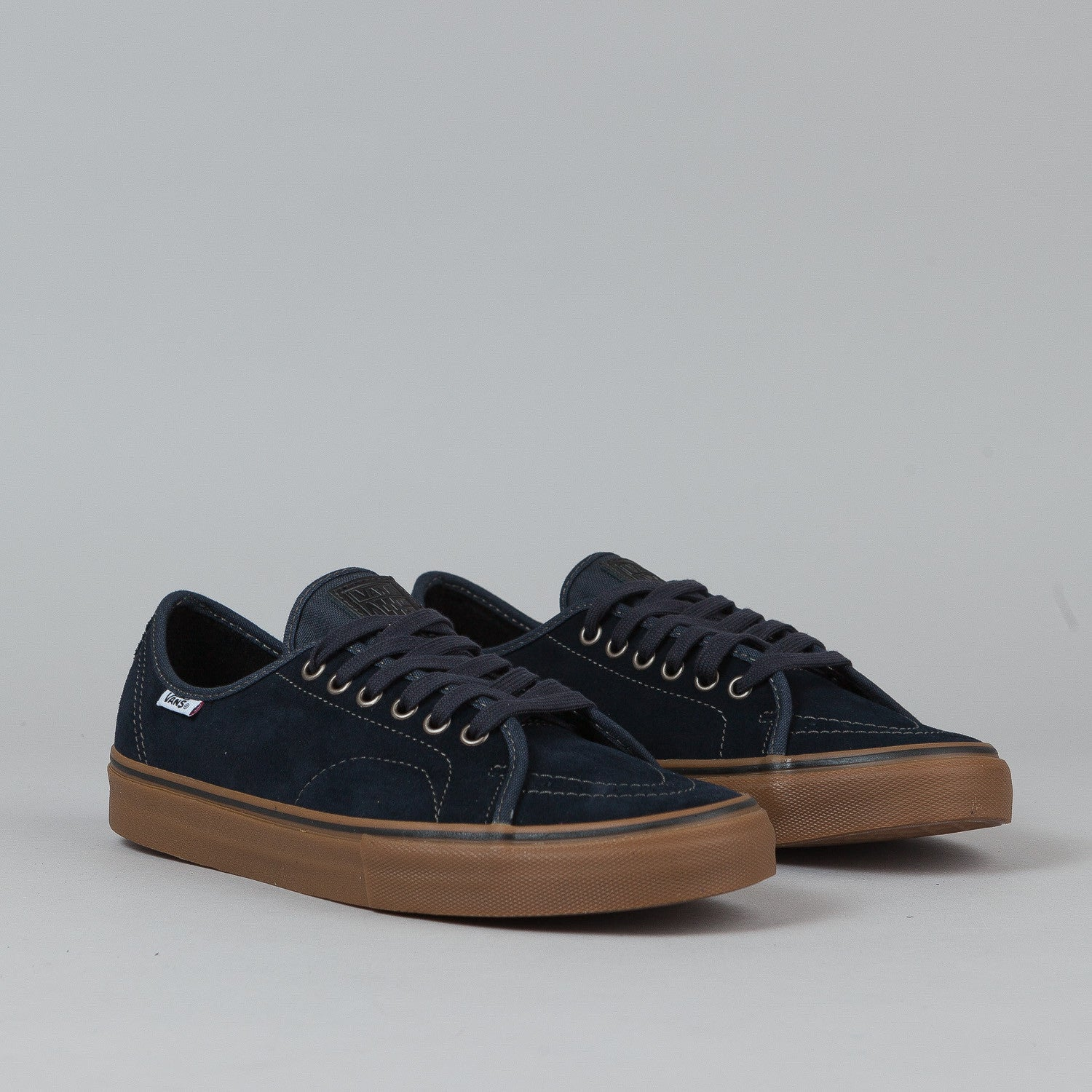 Vans AV Classic Shoes - Navy / Gum