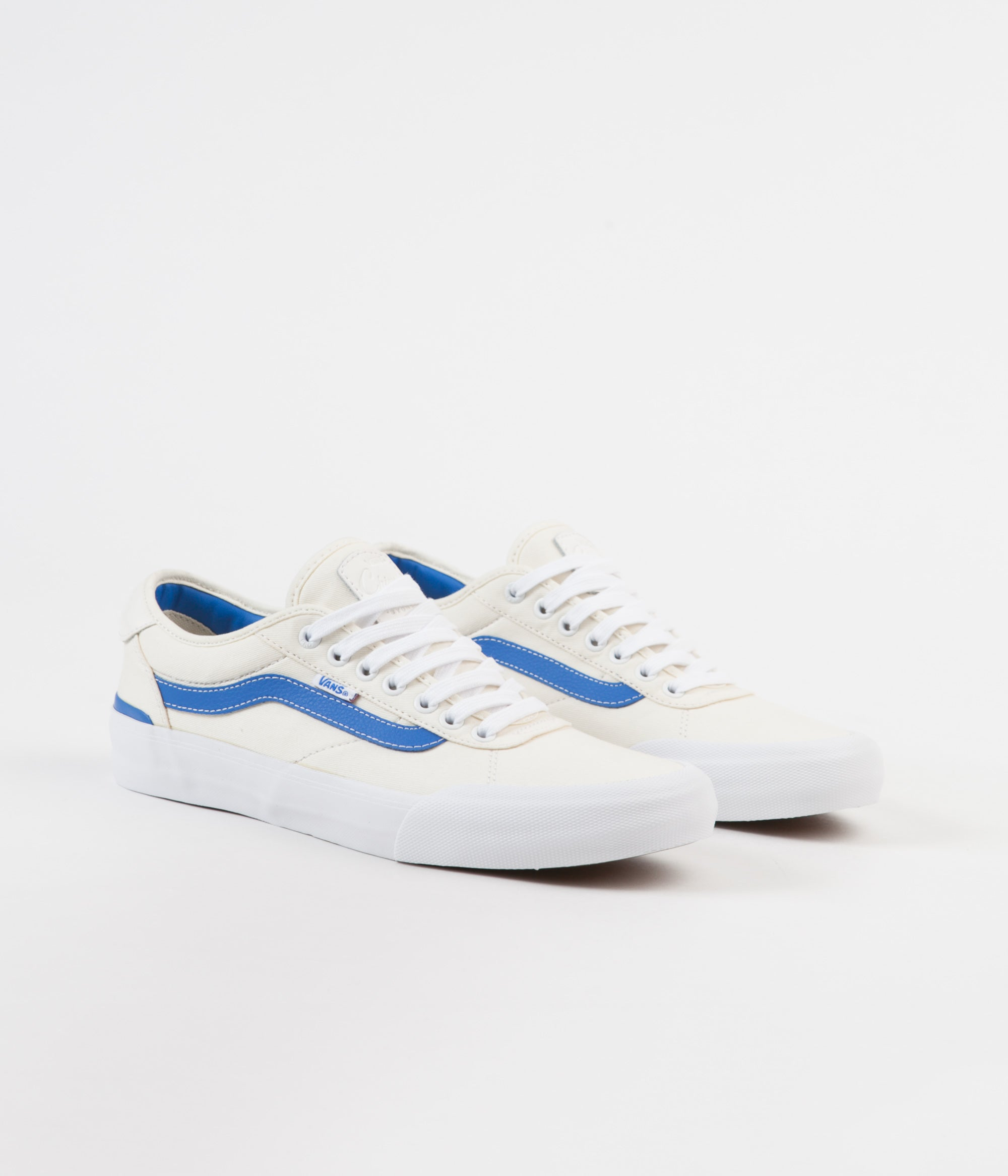 Vans Chima Pro Centre Court Shoes - Classic White / Victoria Blue