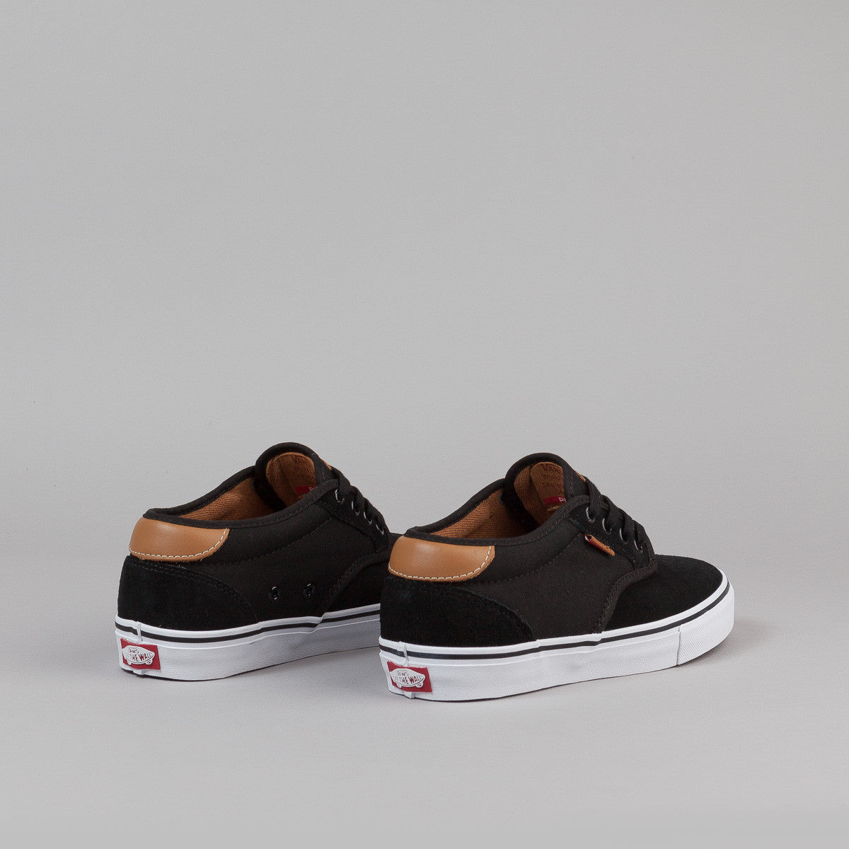 Vans Chima Estate Pro Shoes - Black / White / Tan