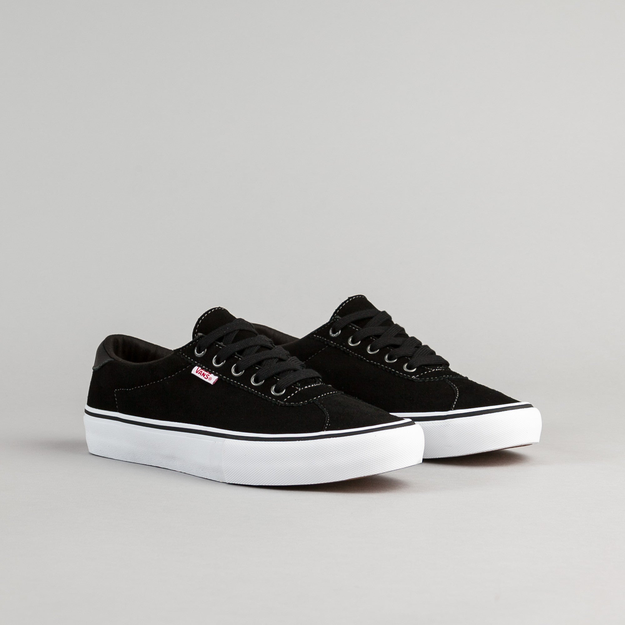 Vans Epoch Pro Shoes - Black / White