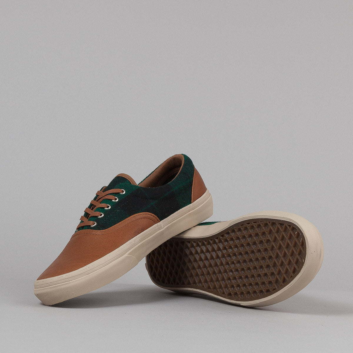 Vans Era CA Shoes - (Flannel) Green