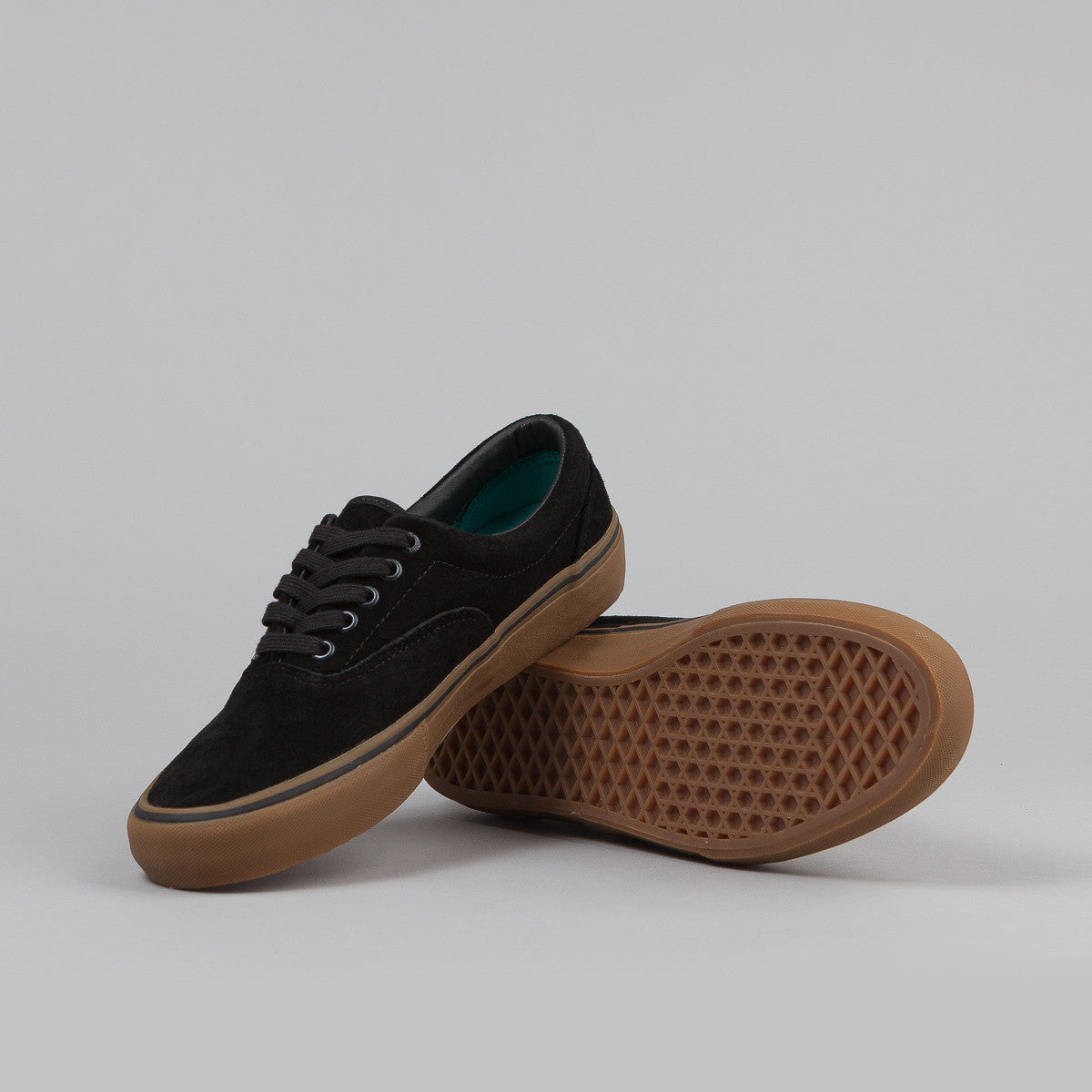 Vans Era Pro Skate Shoes - Black / Gum