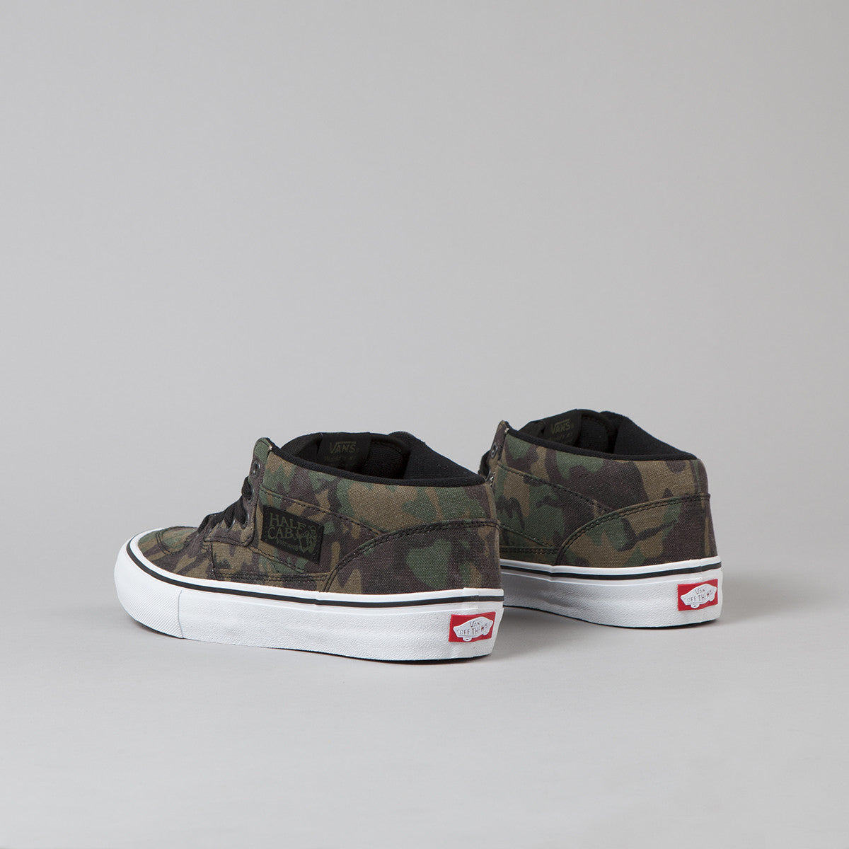Vans Half Cab Pro Shoes - Camo / Black