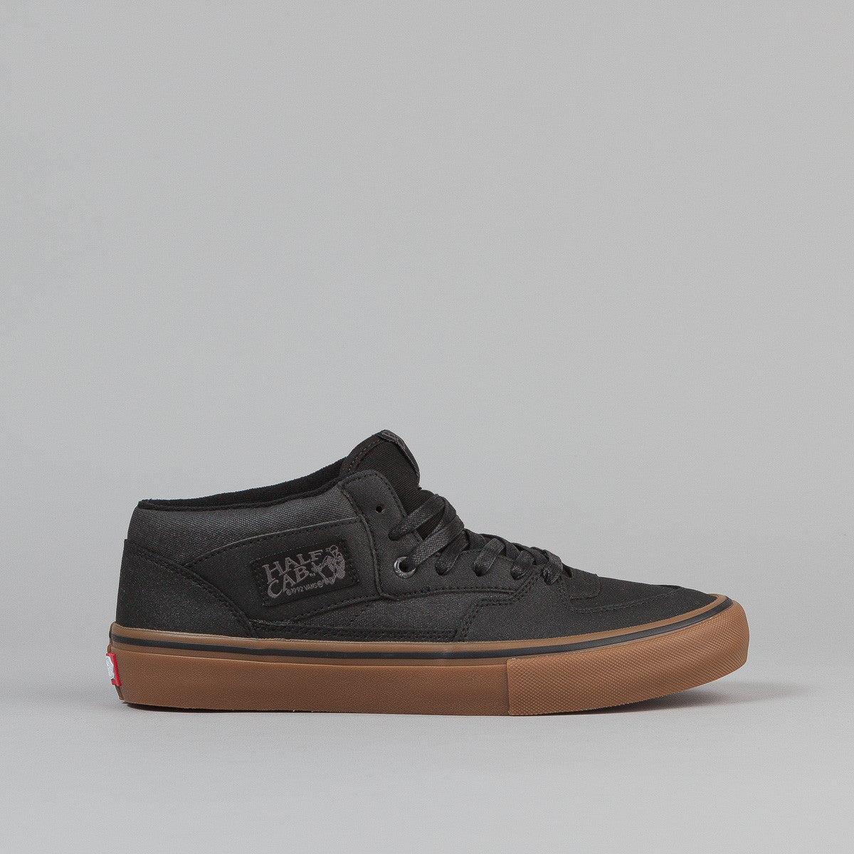 Vans Half Cab Pro Shoes - Black / Gum
