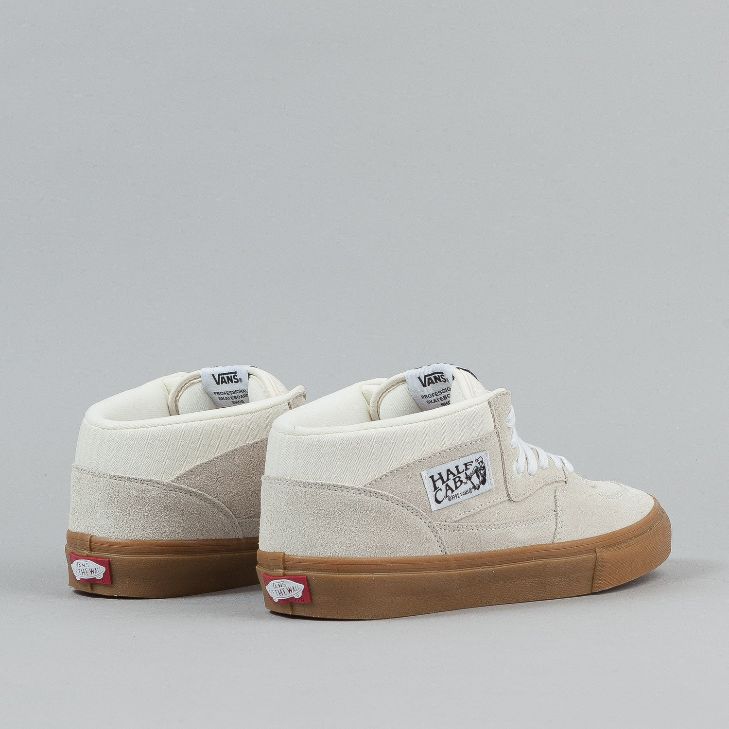 Vans Half Cab Pro Shoes - White / Gum