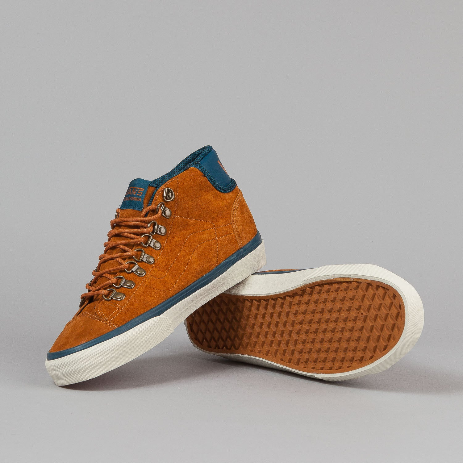 Vans Mid Skool '77 CA Shoes - (Hiker) Sudan Brown