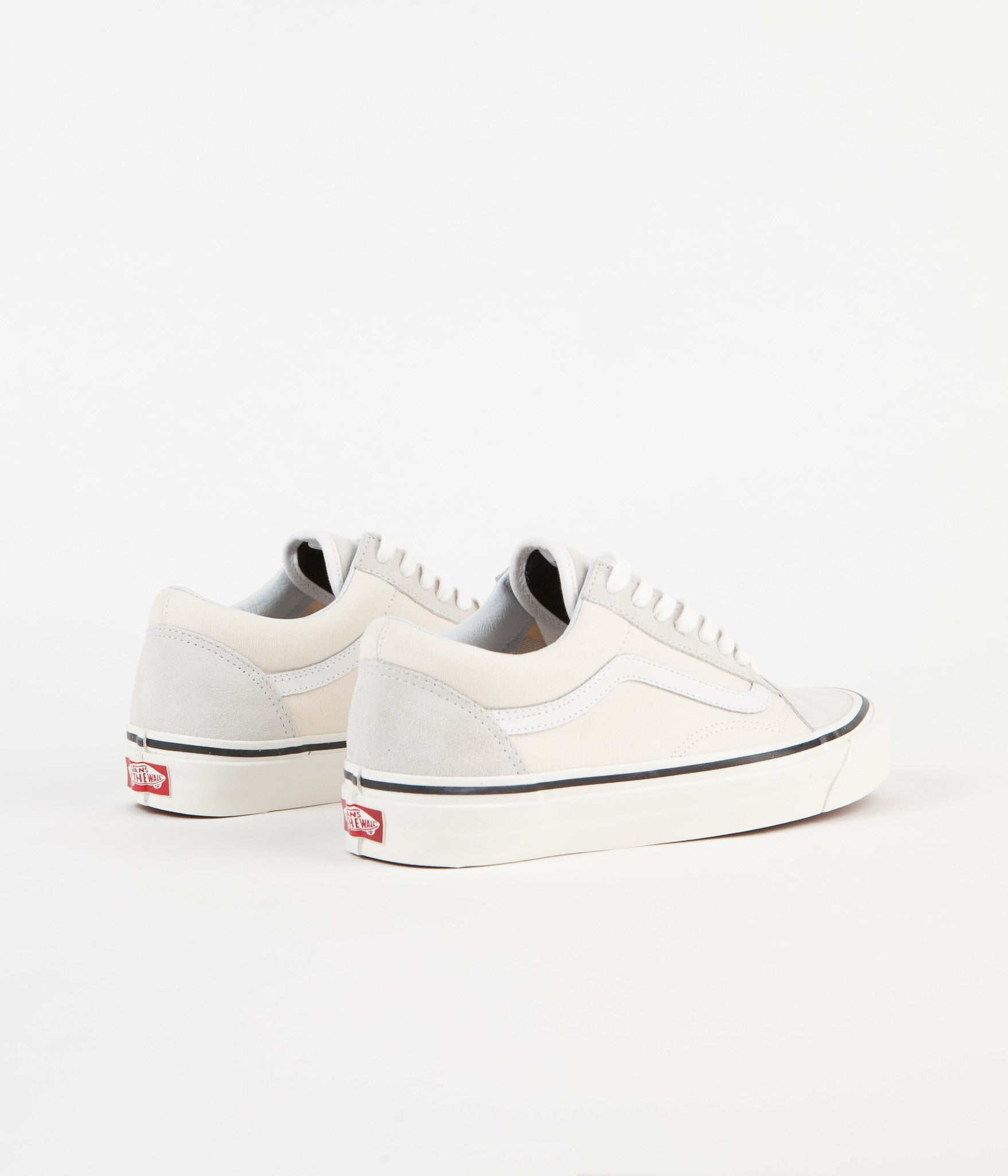 a04d082e03 ... Vans Old Skool 36 DX Anaheim Factory Shoes - Classic White ...