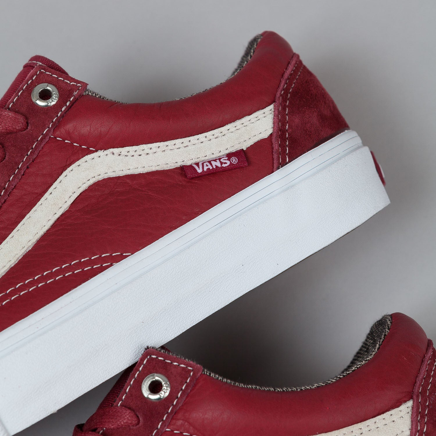 Vans Old Skool Pro Shoes - Dark Red