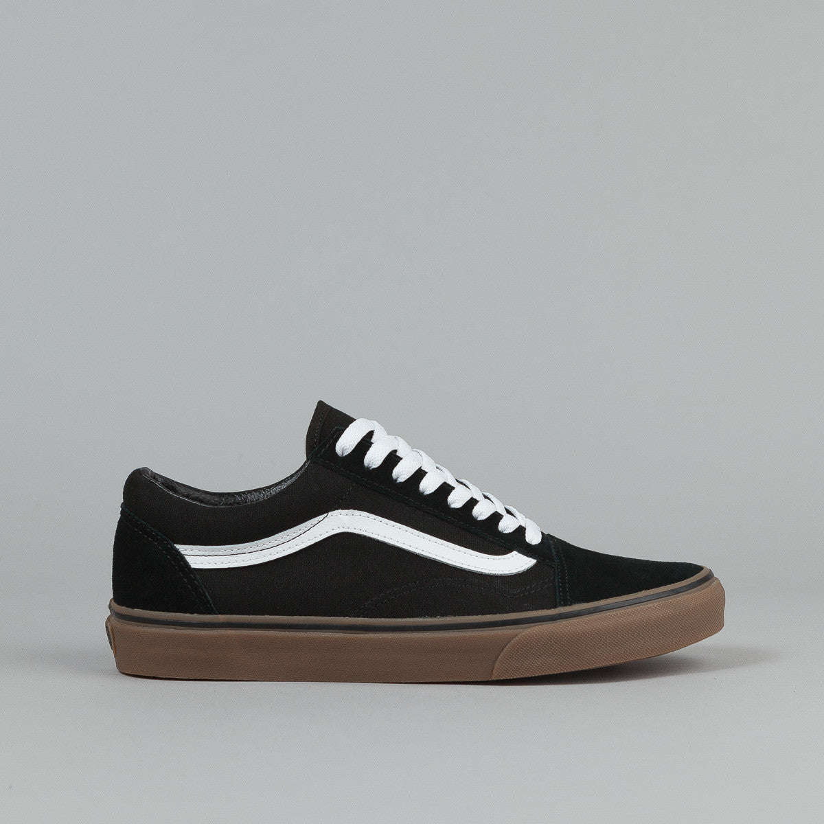 vans old skool black gum sole uk