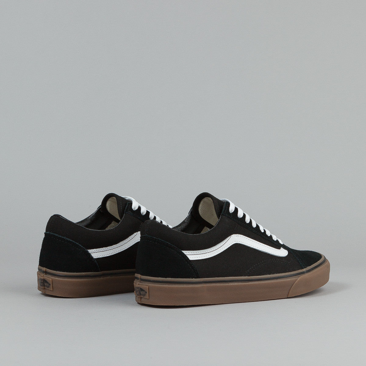 vans old skool black and white gum