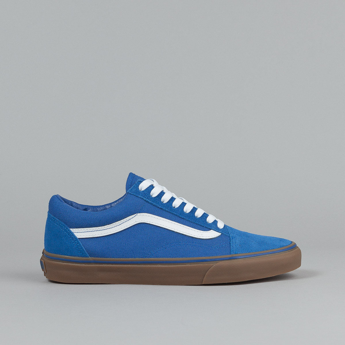 vans old skool shoes gumsole olympian blue medium. Black Bedroom Furniture Sets. Home Design Ideas