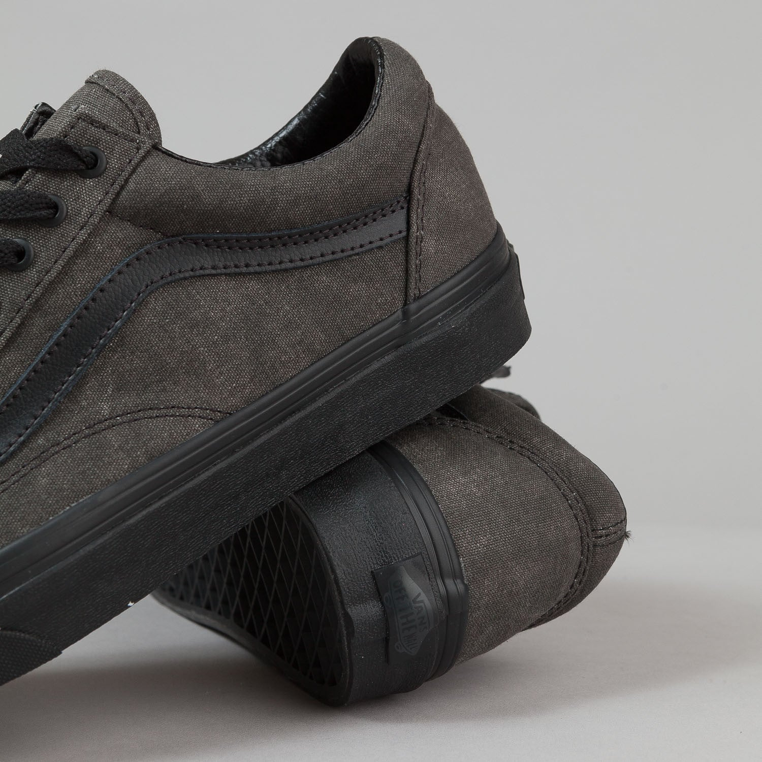Vans Old Skool Shoes - Washed Black / Black