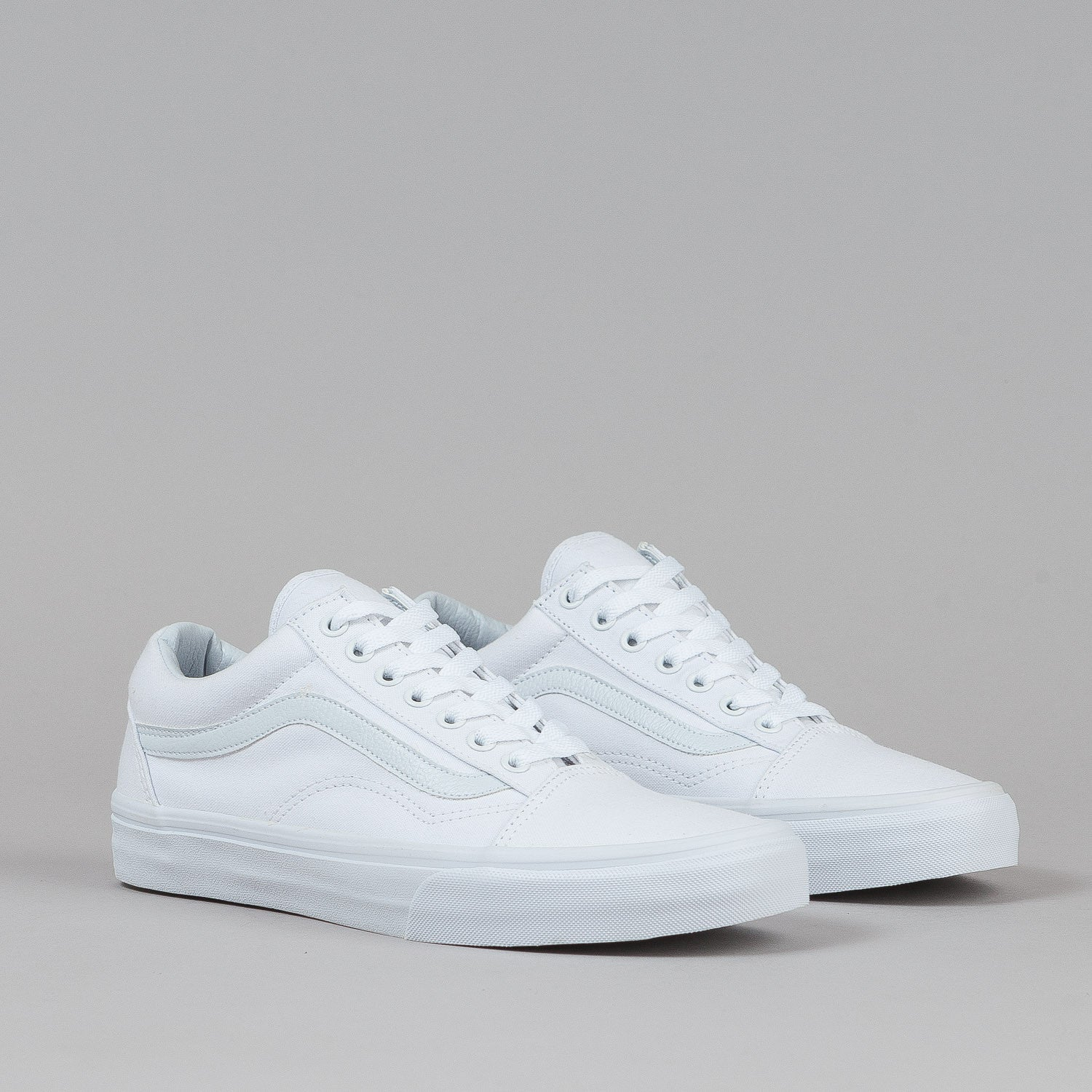 vans old skool shoes true white canvas flatspot. Black Bedroom Furniture Sets. Home Design Ideas