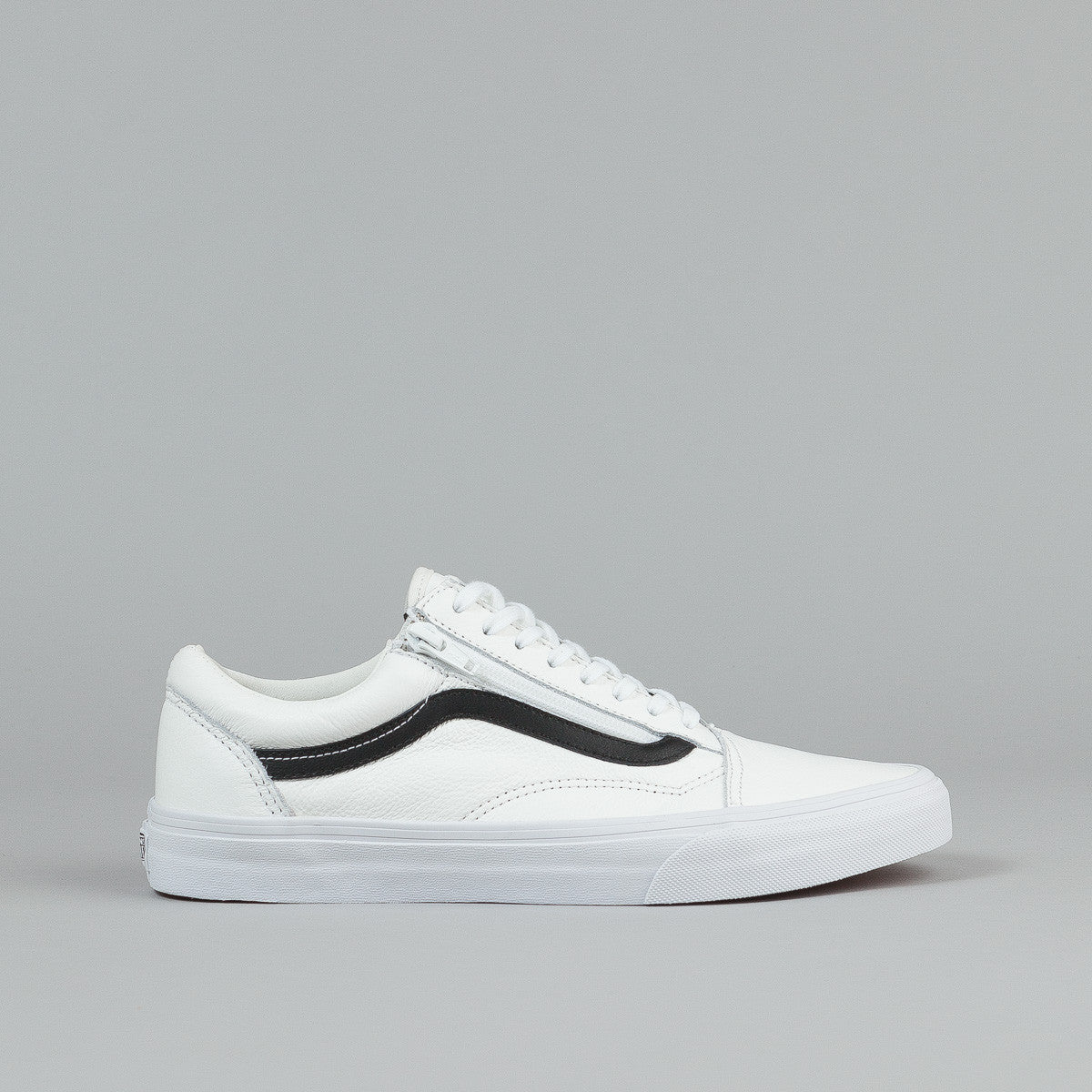 vans old skool white and black