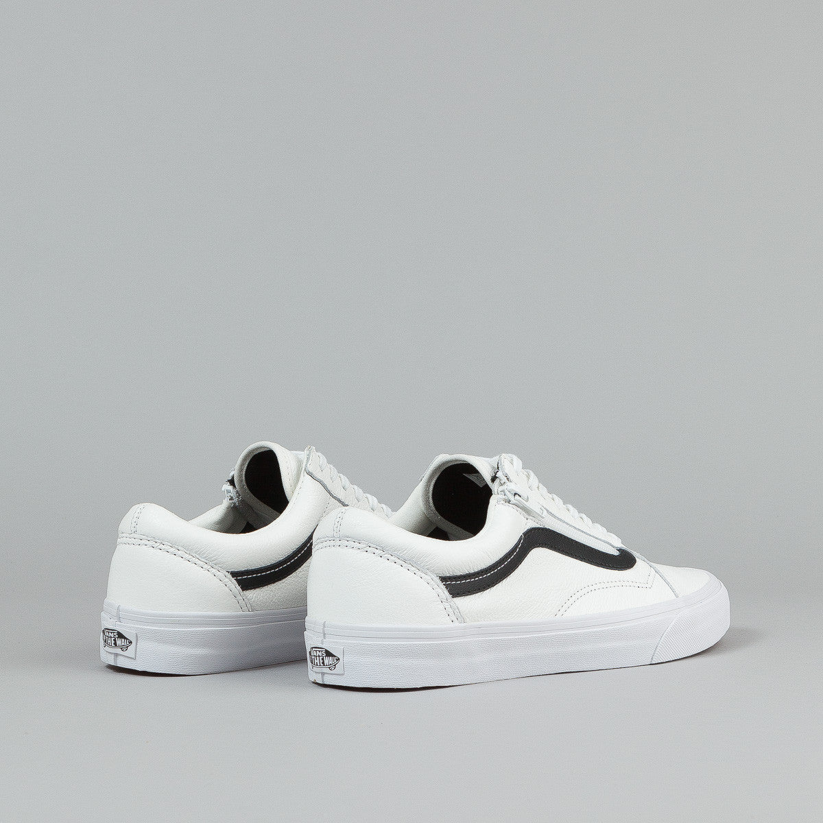 vans old skool zip shoes premium leather true white. Black Bedroom Furniture Sets. Home Design Ideas