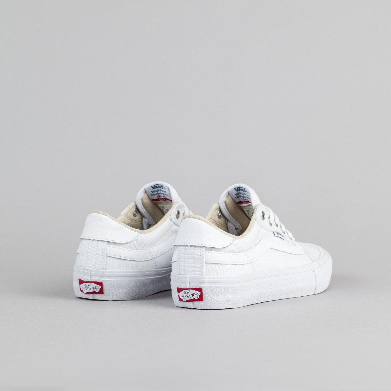 Vans Style 112 Pro Shoes - White / White