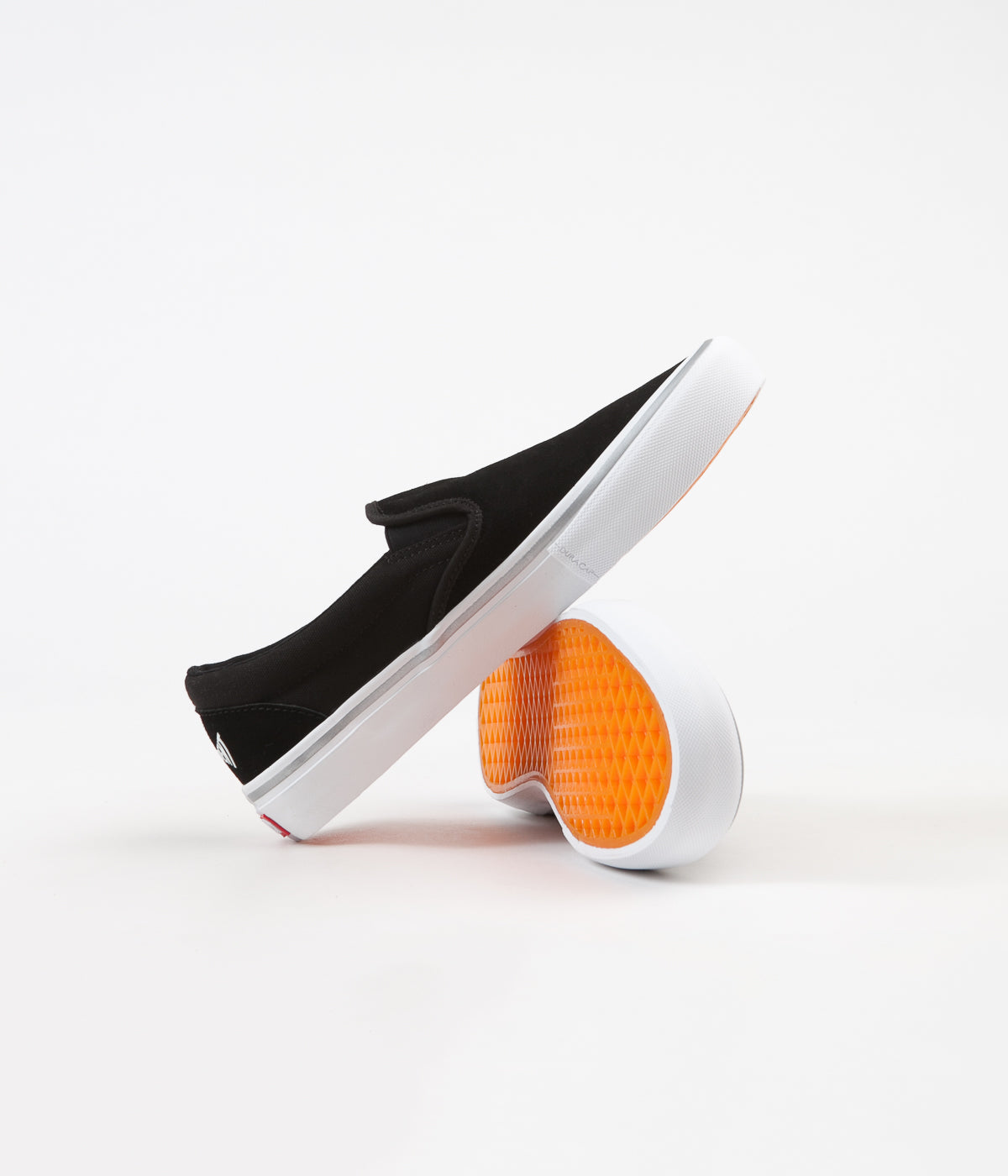 Vans x Independent Slip On Pro Shoes - Black / White
